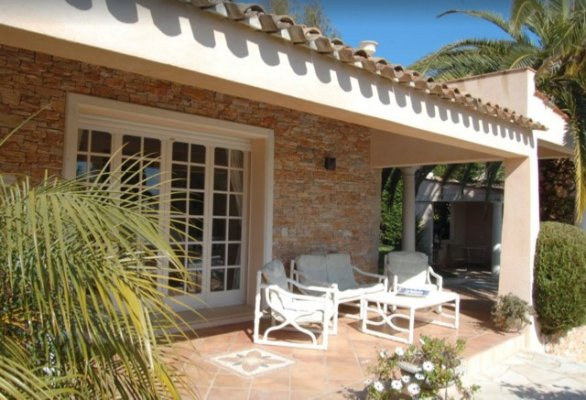 Beautiful, 5 bedroom villa in Mougins for long term rent