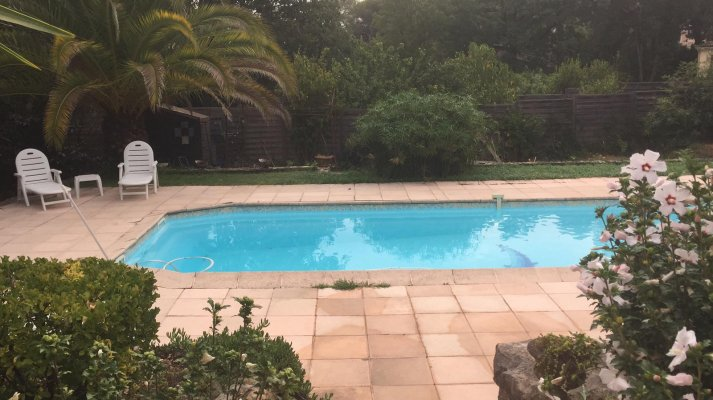 Long term rent Villa with  large terrasse and garden in Valbonne