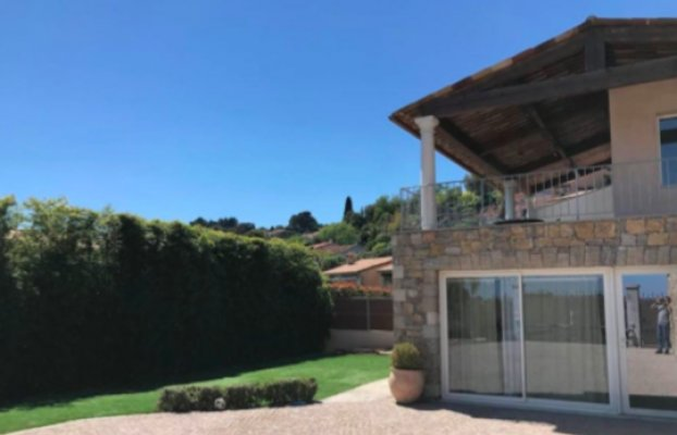 Long term rent in Vallauris, France villa with pool