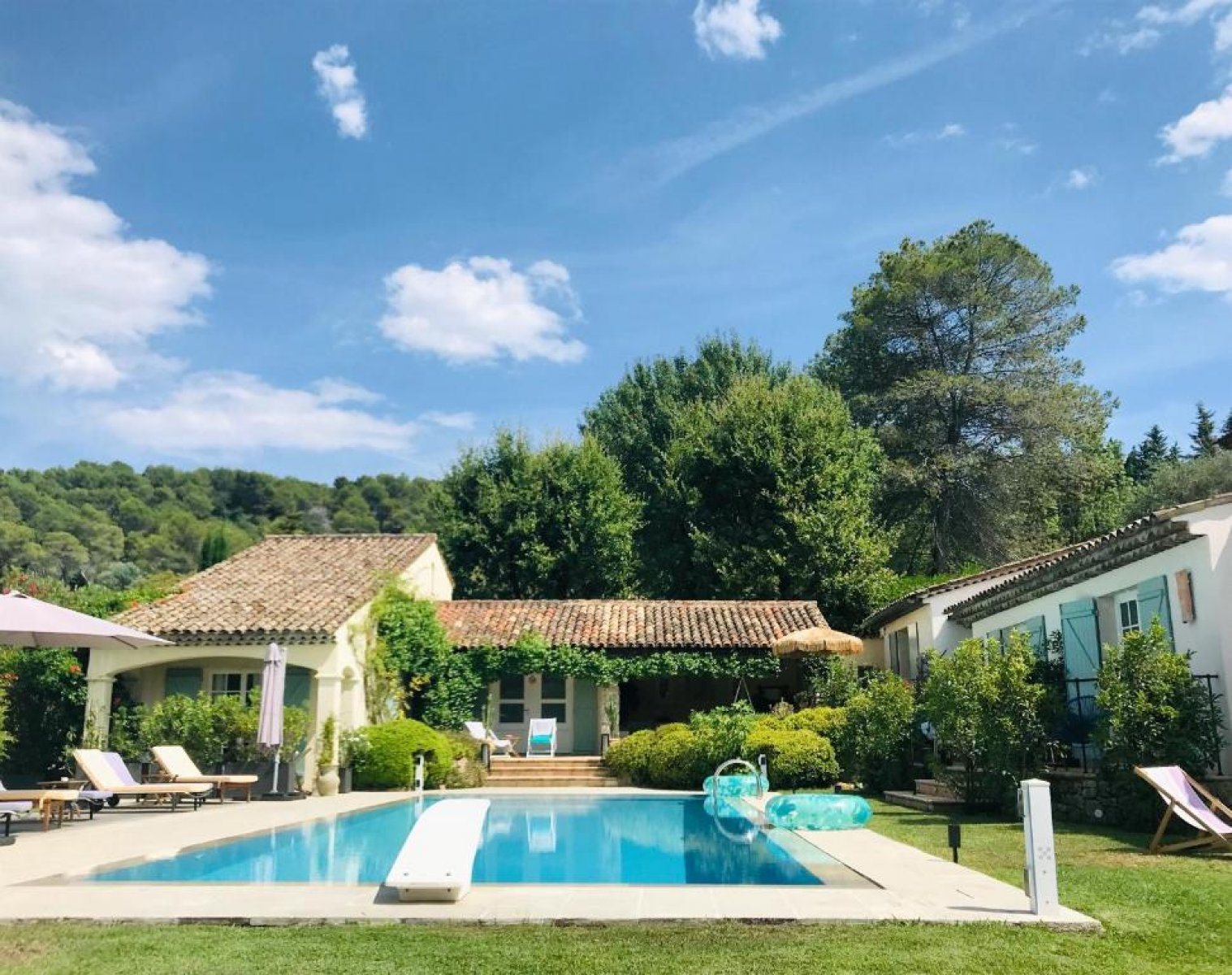 Villa for long term rent situated in provencal village of Mougins, South of France