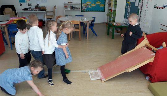 Pre-school exploring the IPC topic of Transport