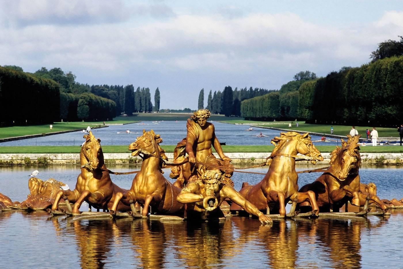 Apollon dans les jardins de versailles - Le jardin de versailles histoire des arts ...