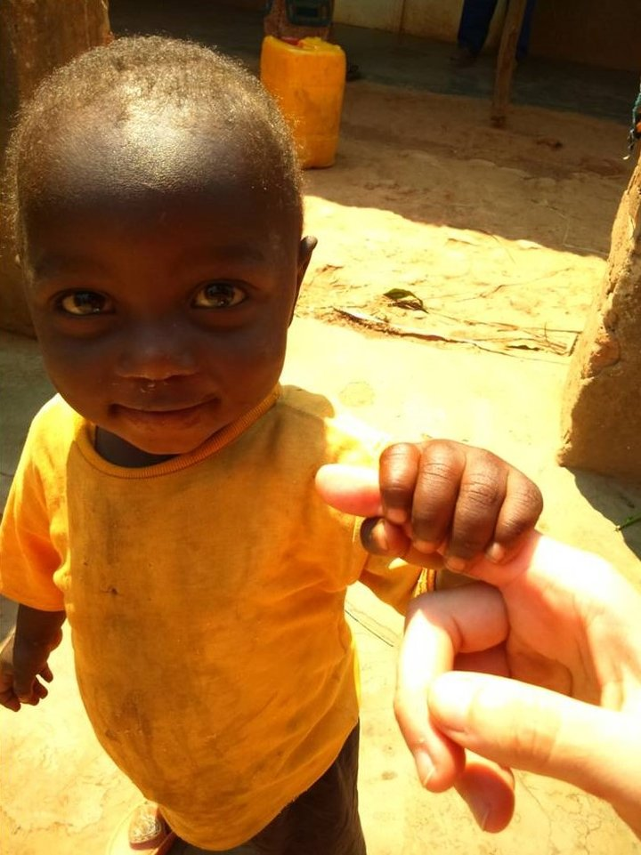 Dona la vita a 150 bambini in Congo!