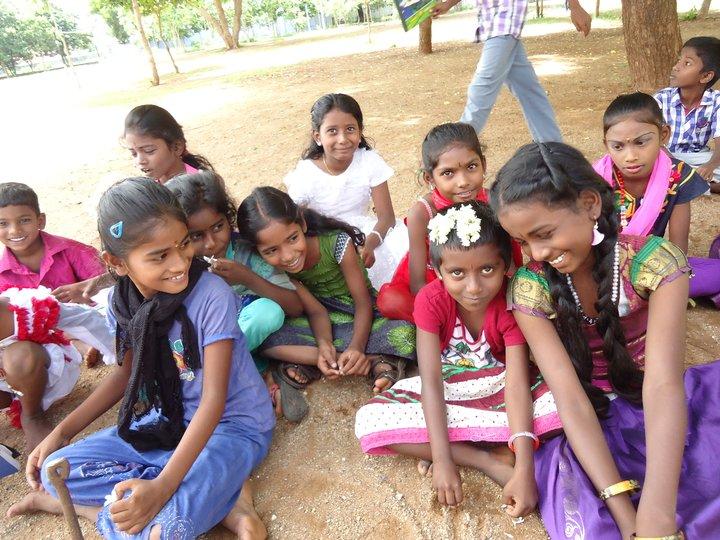 Area giochi per le studentesse di Dharmapuri