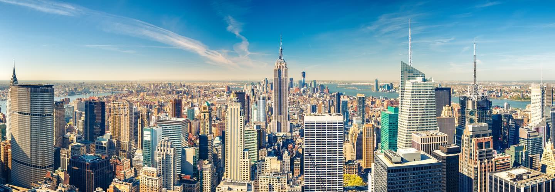 Vue aérienne de New York et ses gratte-ciels avec l'Empire State Building
