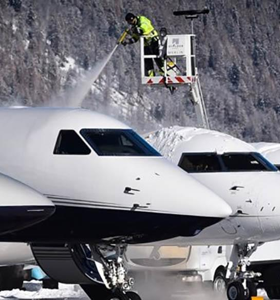 Did you know? We cover your private jet de-icing costs: be LunaJets-insured