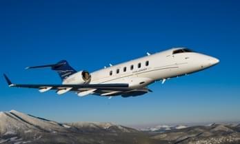 Louez un Challenger 300 Super Midsize Jet-8-469.76241900647943-3100