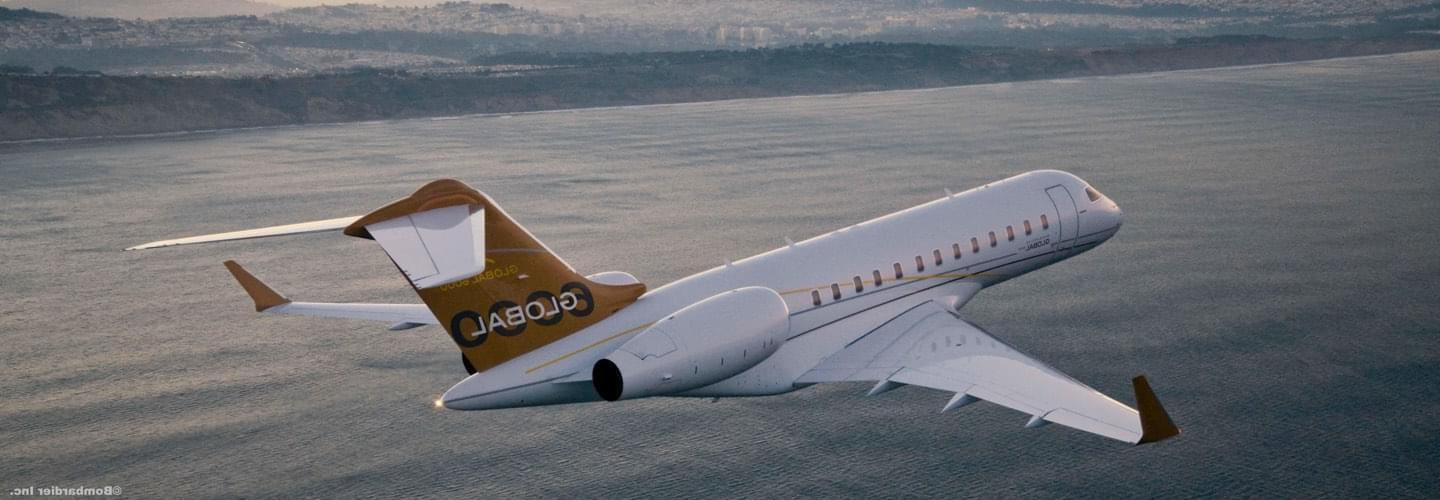 Long Range Business Jet Bombardier Global 6000 to charter with LunaJets, transcontinental private flights, comfort and luxury, long-haul