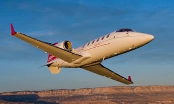 Noleggia un Bombardier Learjet 60 / 60XR Midsize Jet-7-447.0842332613391-2200