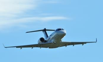 Charter a Embraer Legacy 500 Midsize Jet-8-542.1166306695465-5556