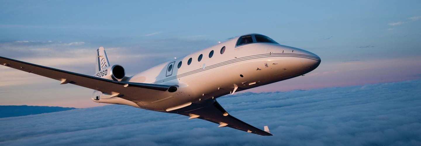 Midsize Jet Gulfstream G150 to charter for private aviation flights with LunaJets for outstanding performance, impressive range, steep approach