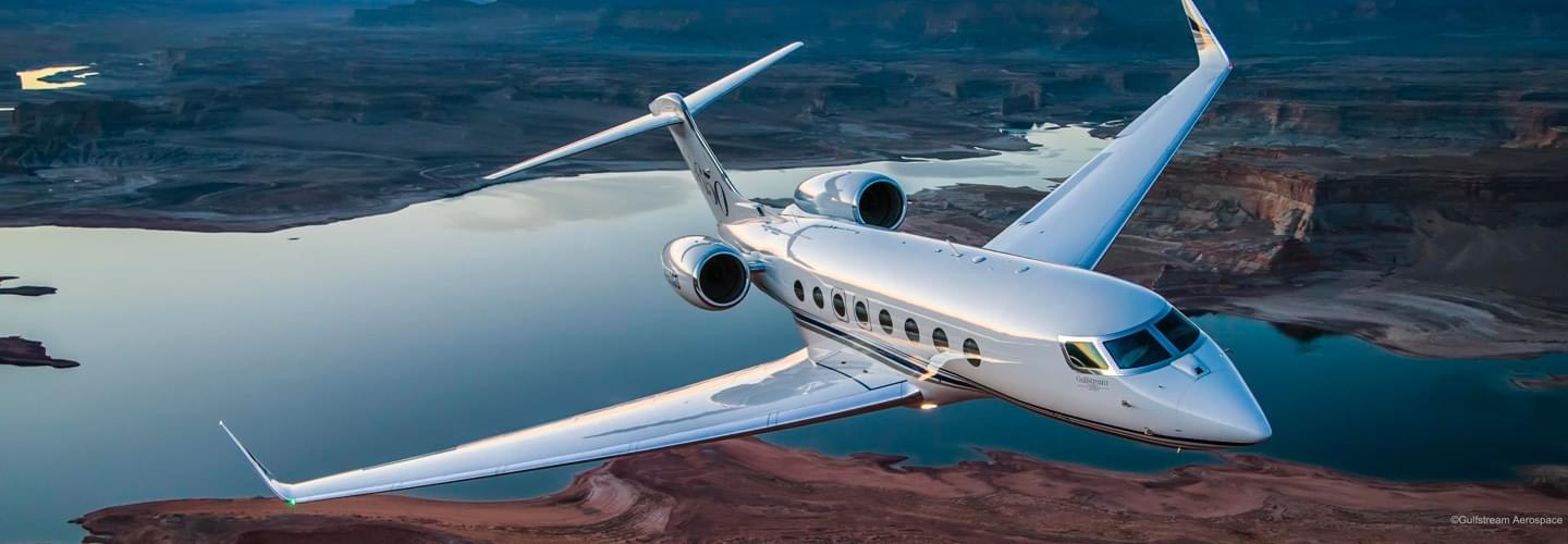 Long Range Business Jet Gulfstream G650 to charter for private aviation flights with LunaJets  for high performance, silent, steady, relaxing