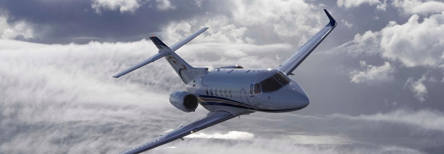Midsize Jet Hawker Beechcraft 850XP to charter for private flights with LunaJets, sleek design for improved performance, great range, top speed
