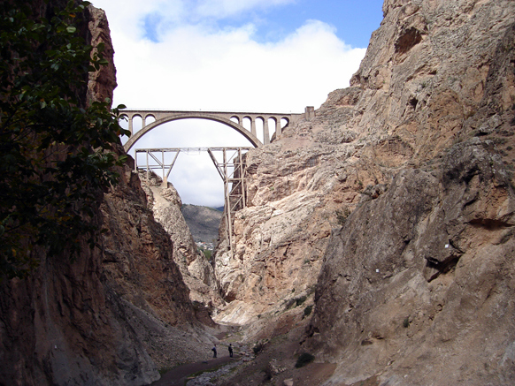 Veresk bridge Iran