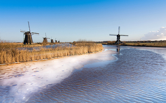 kinderdijk - day trips from amsterdam by train