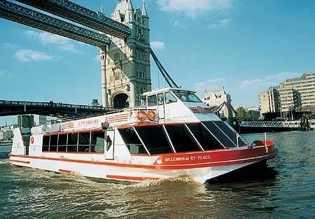 thames river boats