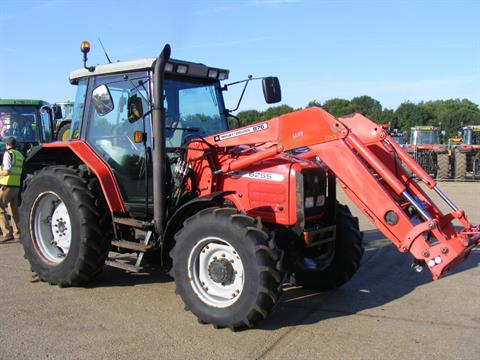 2003 MASSEY FERGUSON 6255 4X4 TRACTOR With MF 876 Loader  V5 will be