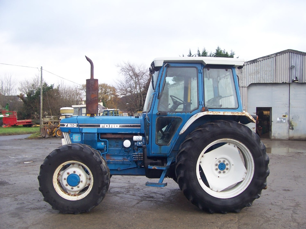 Ford Tractor Airplane : Ford tractor with air con