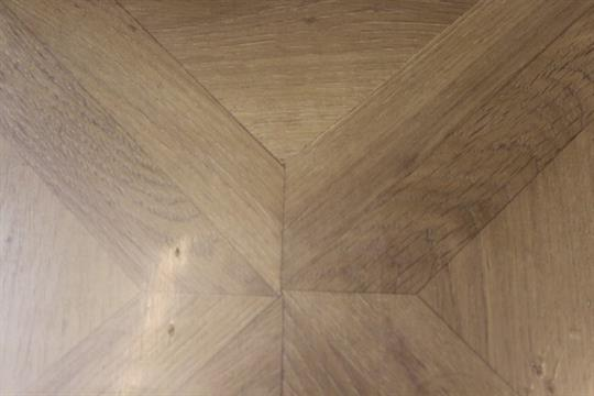 8 Packs Of Staccato Oak Parquet Effect Laminate Flooring Please