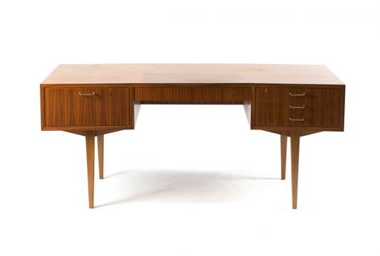 WK Möbel, Stuttgart Schreibtisch aus dem Programm '318', um 1958 H