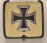 Prussia  Iron Cross, 1914, 1. class, in box.  Blackened iron core, silver frame, on pin; in box.