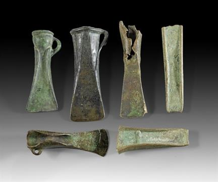 Dating bronze age axe heads — 9