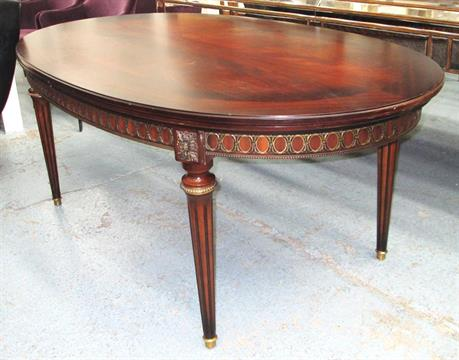 EHALT DINING TABLE Empire Style With Brass Mounts On Turned Fluted Supports Extendable 182cm T