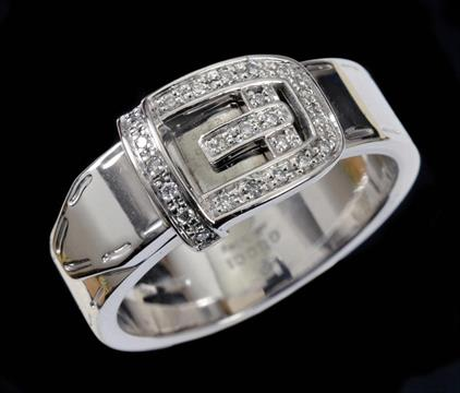 A Gucci Diamond Buckle Ring pavé set brilliant cut stones in 18ct