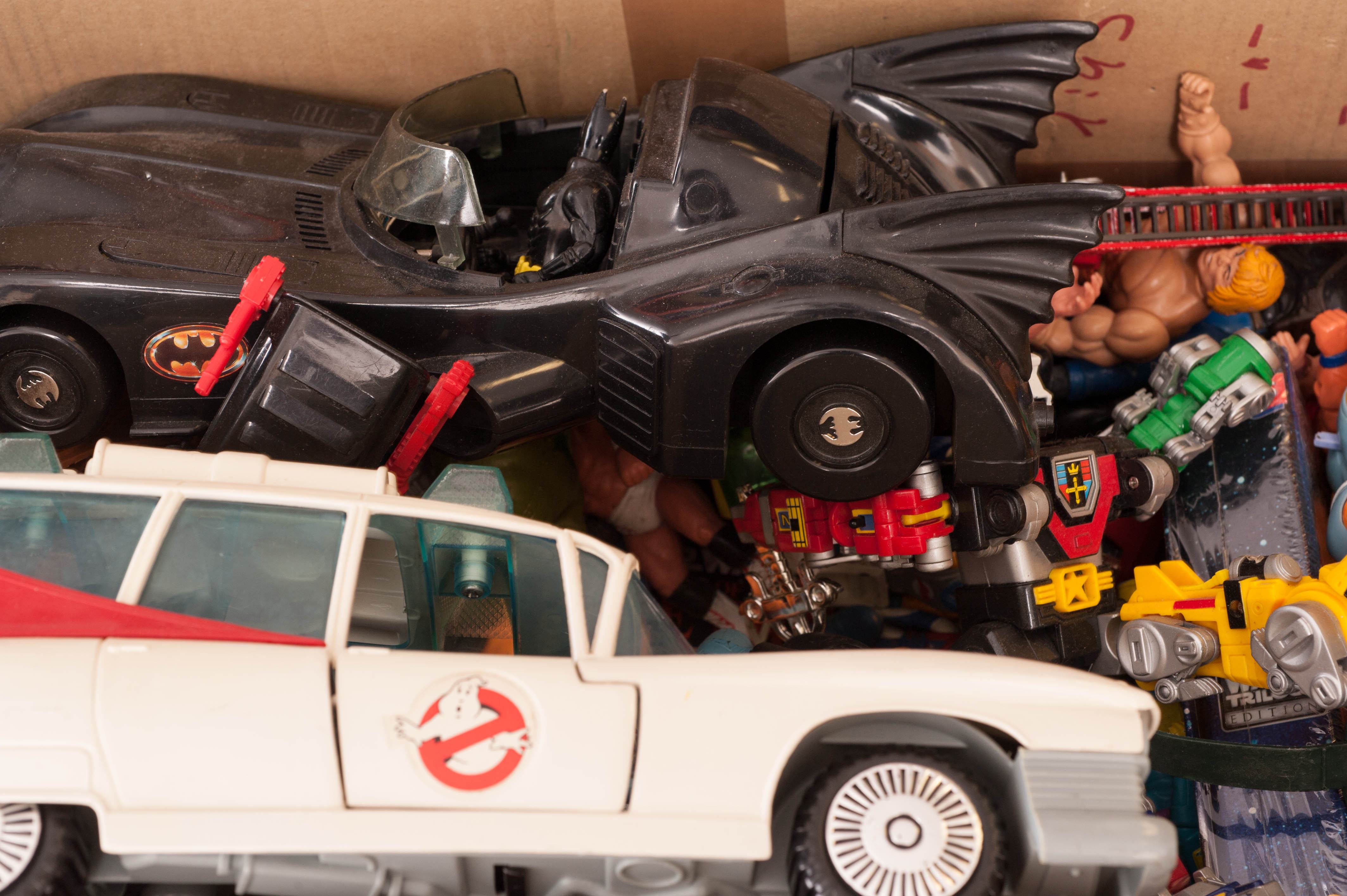 1980s 90s Action Figures & Toys including Kenner Ghostbusters ECTO