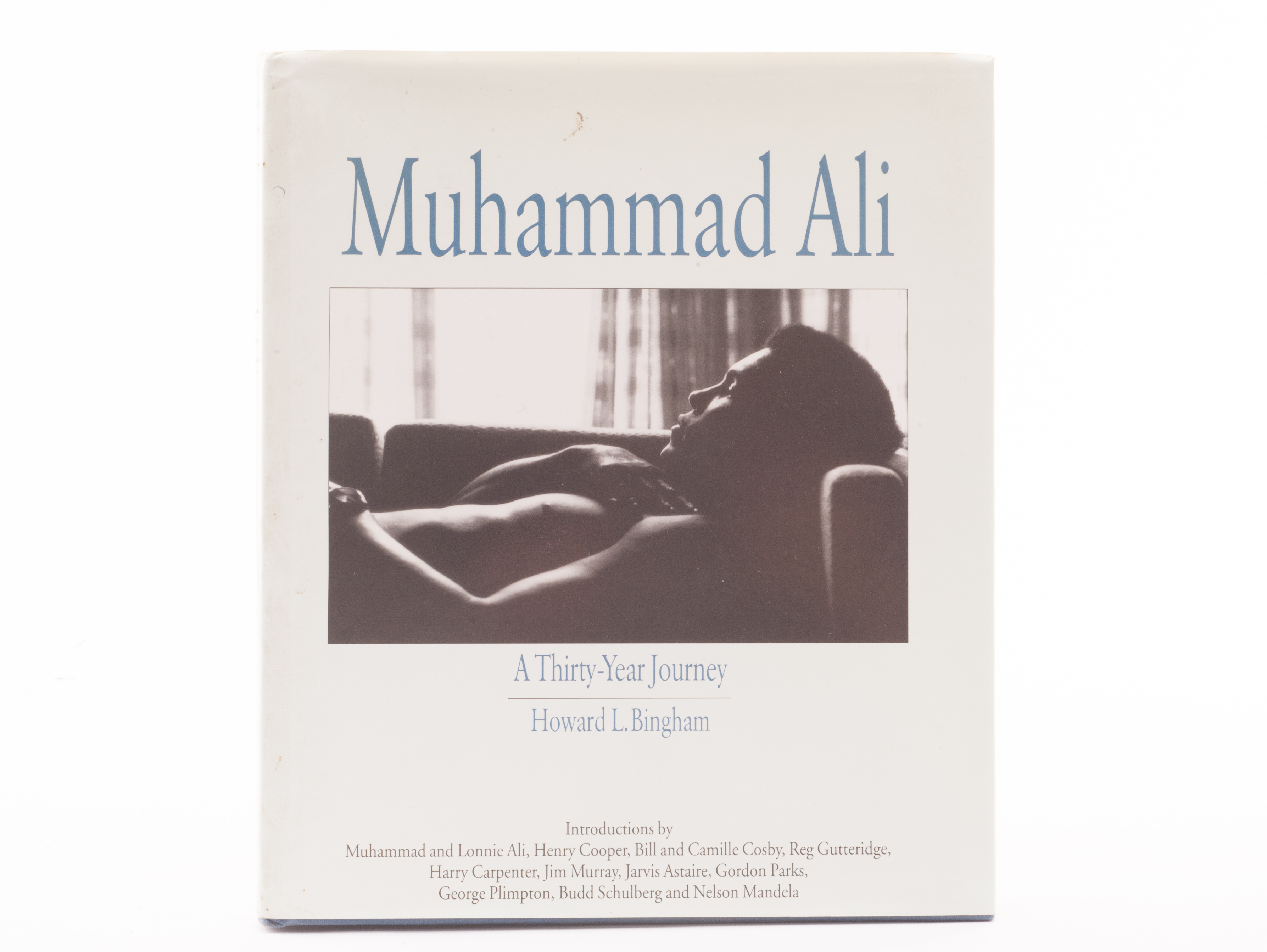 boxing autograph muhammad ali book `a year journey` by lot 517 boxing autograph muhammad ali book `a 30 year journey