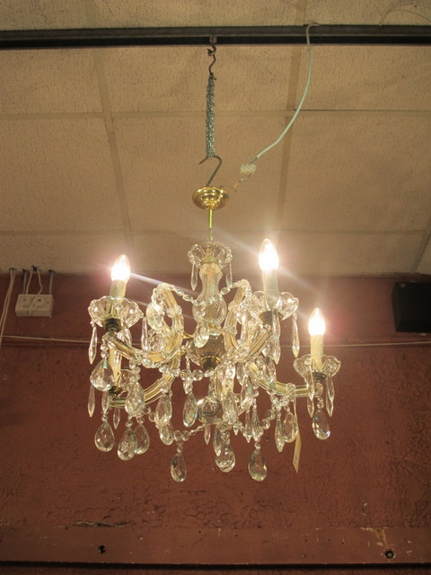 A five branch chandelier with scroll arms and pendants - Chandelier a 5 branches ...