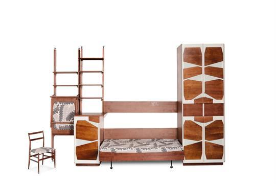 Giò ponti, camera da letto in noce chiaro, con sedia leggera di ...