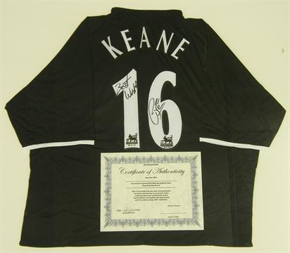 22157b1be7a Roy Keane - signed Manchester United 2003 04 away shirt