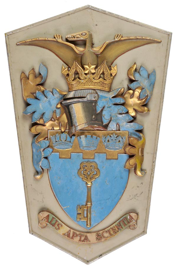 Lot 294 - *RAF/RAE Farnborough. A large armorial crest formerly on the South Gate at the Royal Aircraft