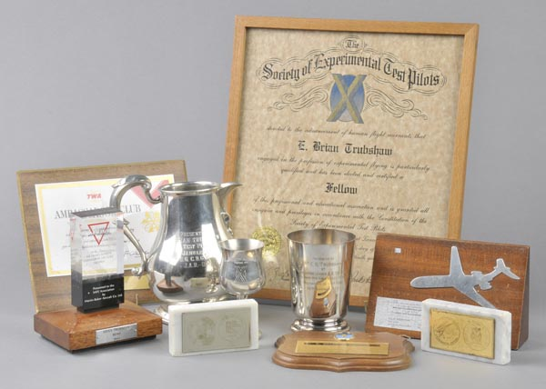 Lot 55 - * Presentation Awards and Trophies. An electroplated tankard engraved PRESENTED TO MR E.B.
