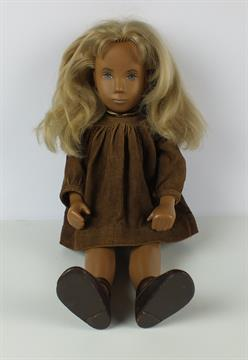 Doll dating pic