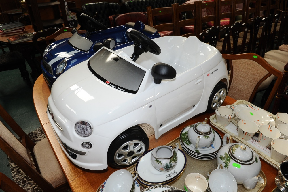Lot 85 - A child`s Fiat 500 pedal car