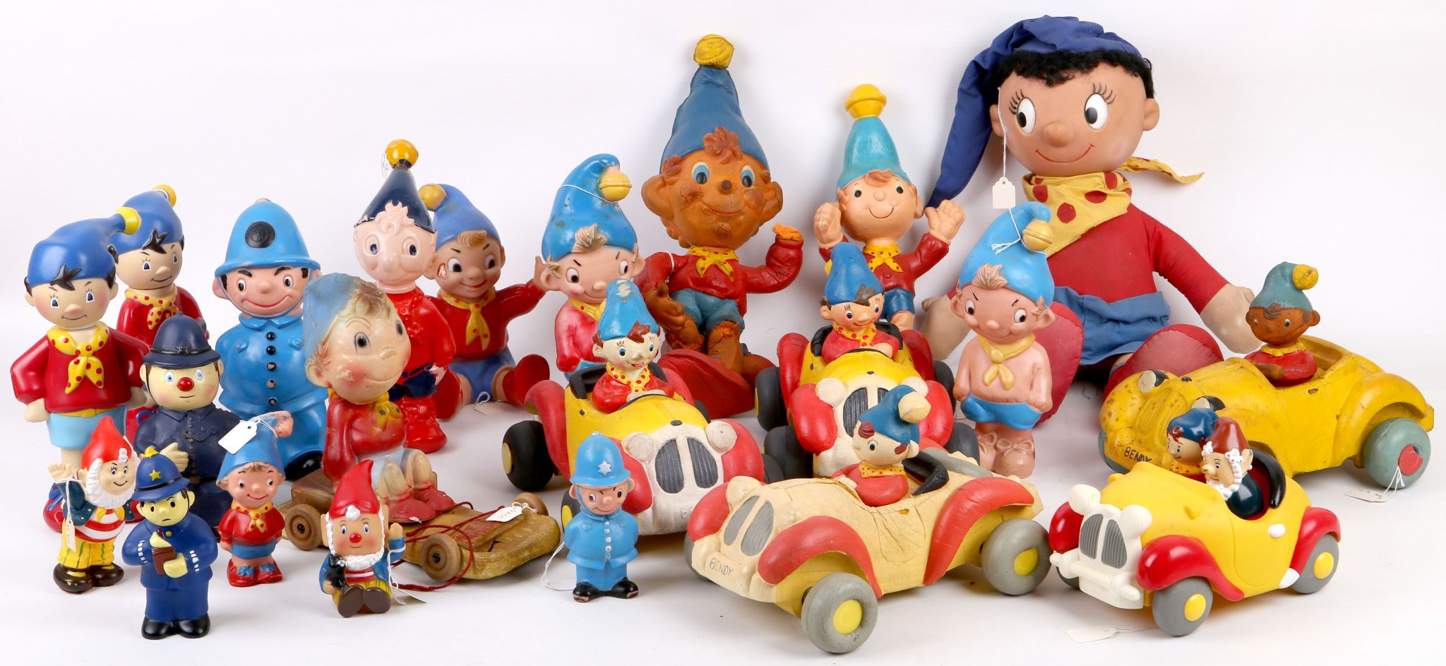 A collection of Noddy Big Ears and other characters of Bendy Toys