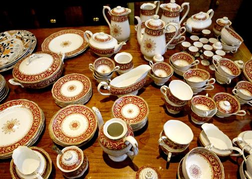 A comprehensive Royal Albert bone china `Florentine` pattern diner and tea service. & A comprehensive Royal Albert bone china `Florentine` pattern diner ...