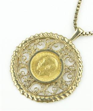 George v gold sovereign 1912 in 9ct gold pendant mount on 9ct box george v gold sovereign 1912 in 9ct gold pendant mount on 9ct box link chain 395g total aloadofball Images