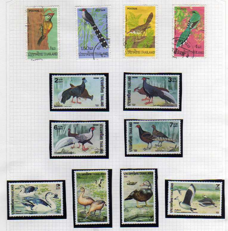 Lot 57 - BINDER WITH BIRDS THEMATIC COLLECTION, MANY SETS (MANY 100'S)