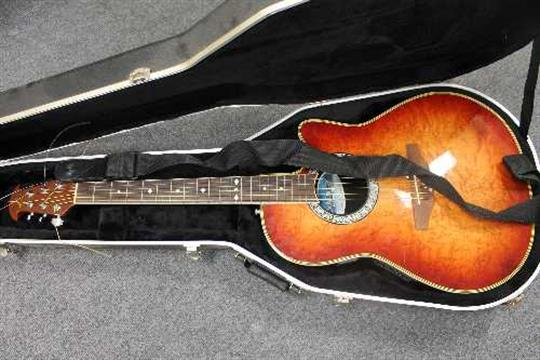 An Ovation Celebrity Semi Acoustic Guitar Model Cs 157 Cased