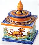 MAJOLICA STYLE INKWELL. 4.5ins tall to top of lid, square shape central inkwell surrounded by 4