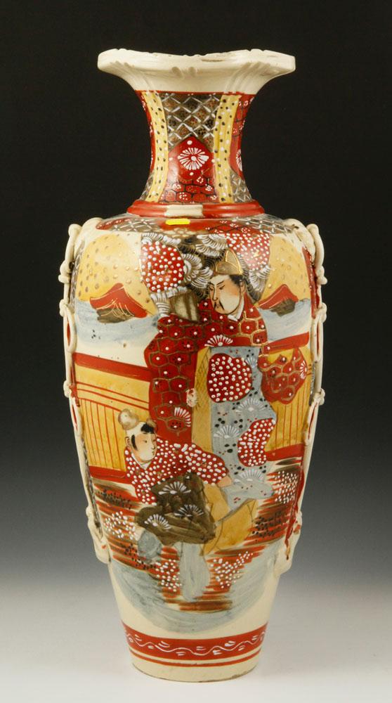Japanese Satsuma Vase Satsuma Vase Japan With Decorative Knot And