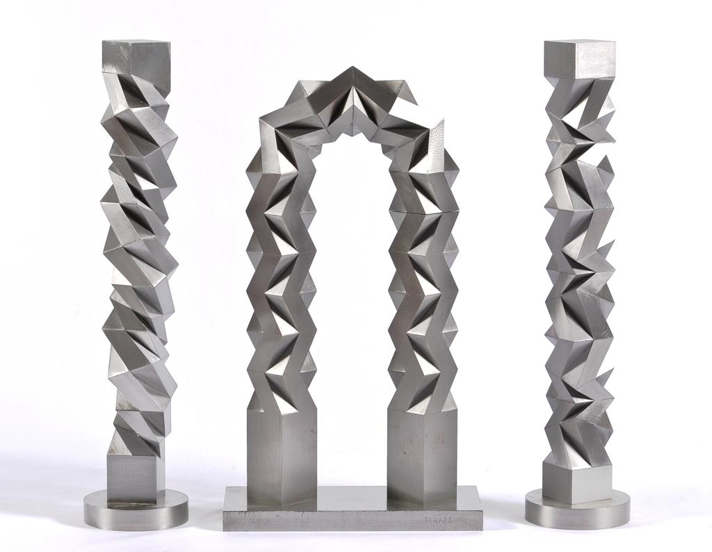 Lot 145 - RICARDO REGAZZONI Sin título Firmada y fechada 6 Escultura en acero. Adquirido directamente del