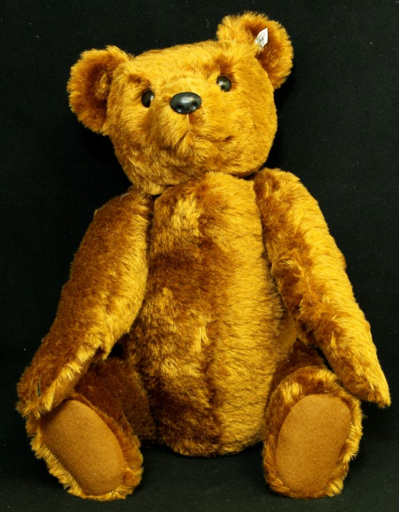 Lot 603 - A boxed Steiff teddy bear 55PB 1902 replica with white tag 404009, limited edition of 7000 no.01734,