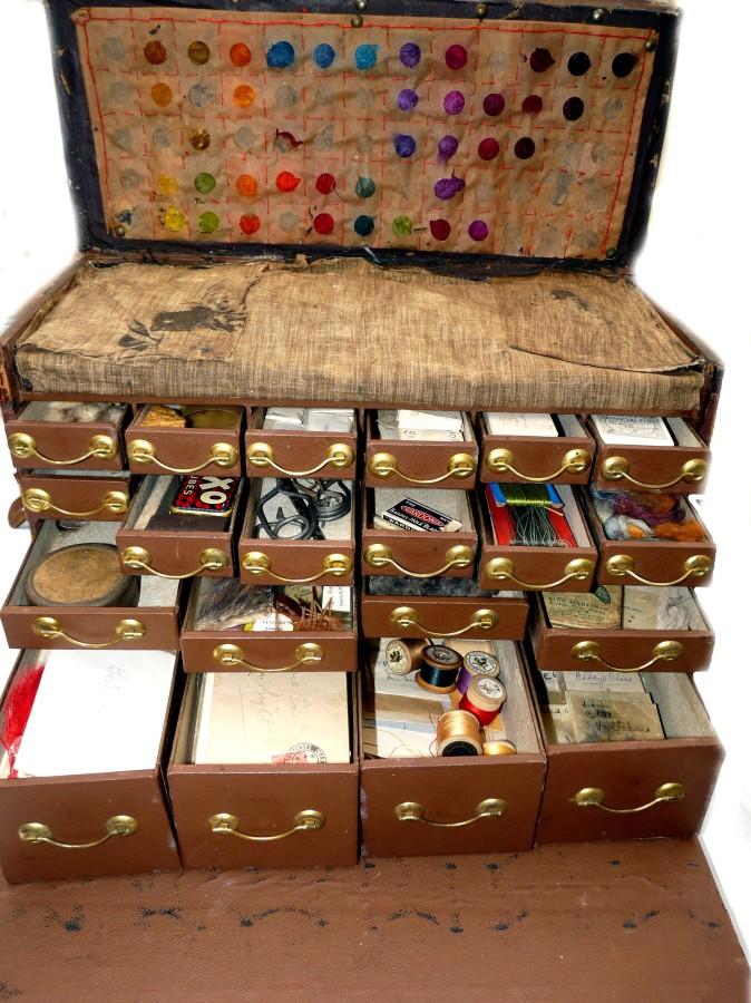 Accessories Vintage Portable Fly Tying Kit In Large Drop