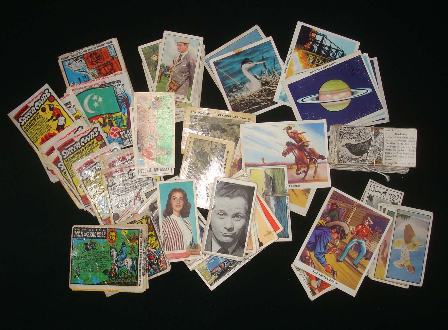 Lot 756 - Small Selection of Bubble Gun/Trade Cards: To include Anglo American Chewing Gum Ltd Soccer Clubs,