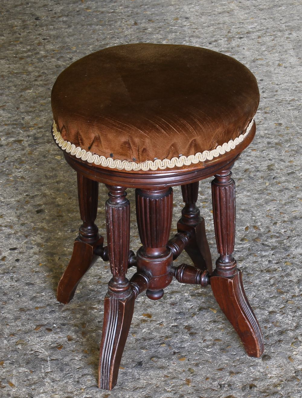 Lot 91 - Piano Stool A Victorian round adjustable piano stool with four fluted supports & Piano Stool A Victorian round adjustable piano stool with four ... islam-shia.org