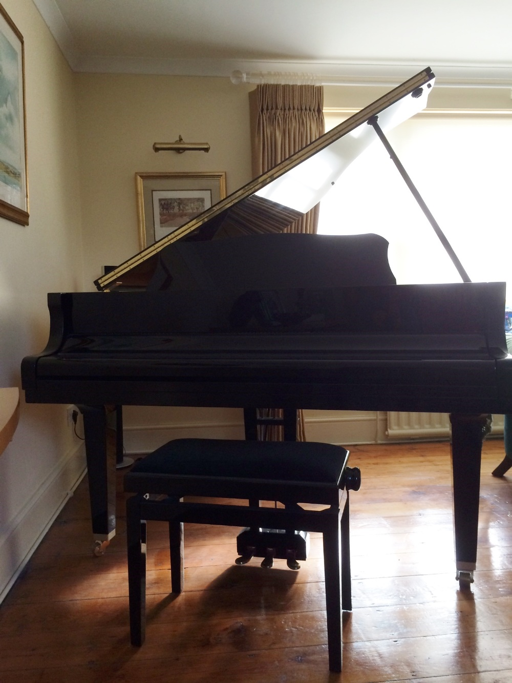 Lot 38 - Yamaha (c2006) A 5ft Model G1 grand piano in a bright ebonised case on square tapered legs
